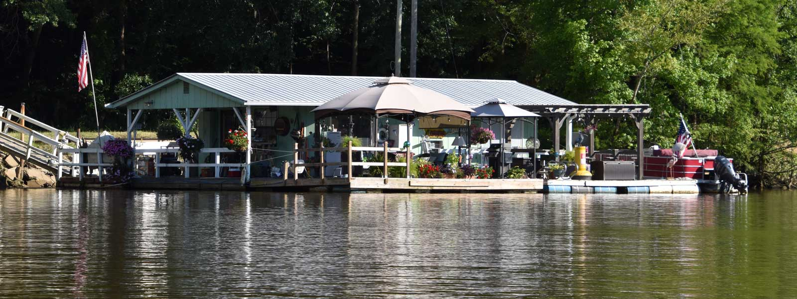 Example of a house boat using an available boat slip